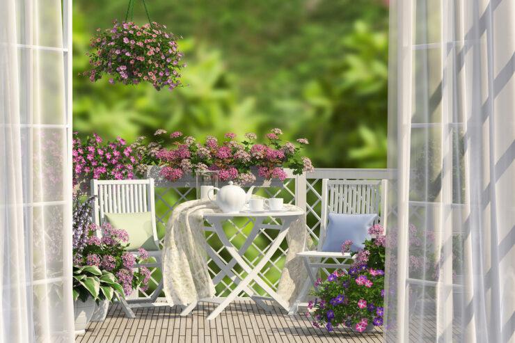 5 ideen unter 50 mit denen du den sommer auf deinen balkon holst. Black Bedroom Furniture Sets. Home Design Ideas
